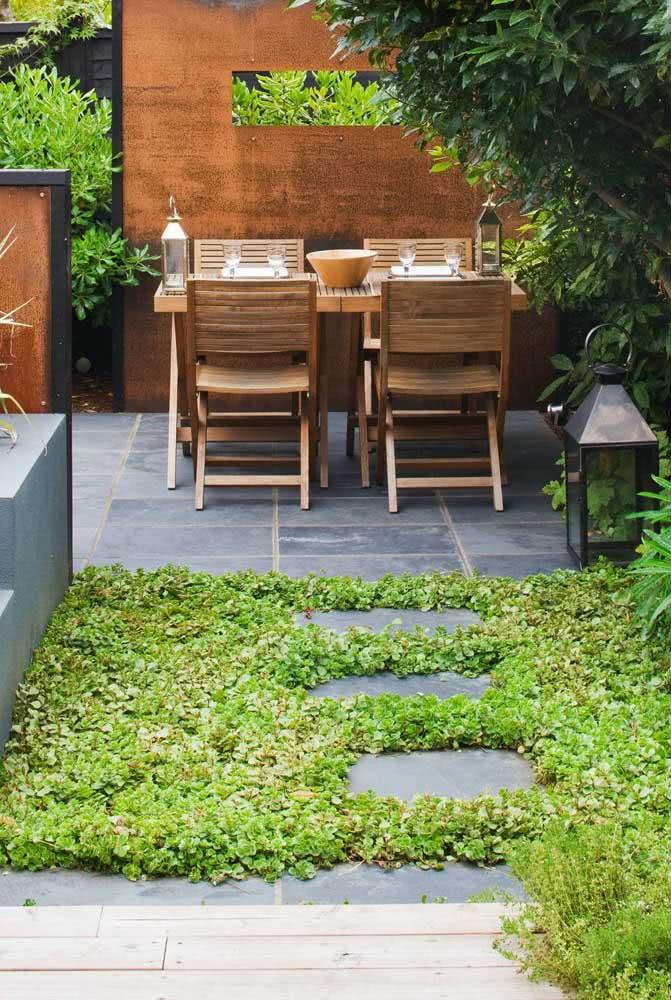 Ardósia no quintal: uma das melhores opções em custo benefício