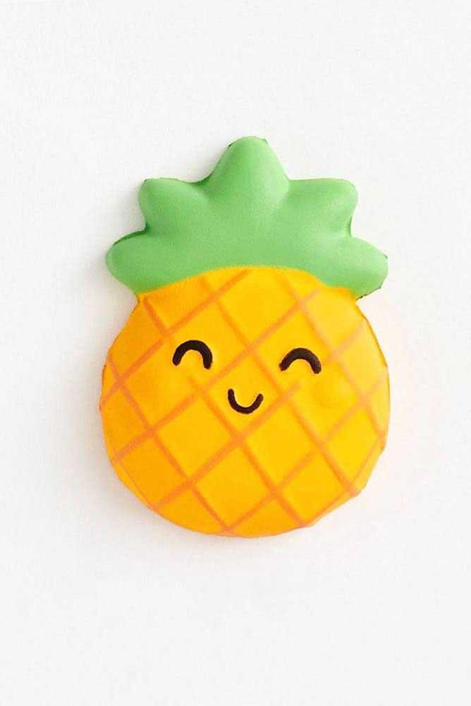 Paper squishy de abacaxi. Existem dezenas de moldes diferentes para você escolher e fazer