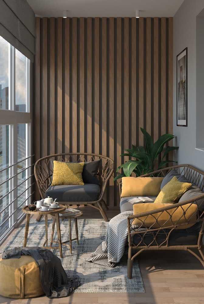 Móveis para varanda pequena de apartamento. A opção aqui foi pela fibra natural