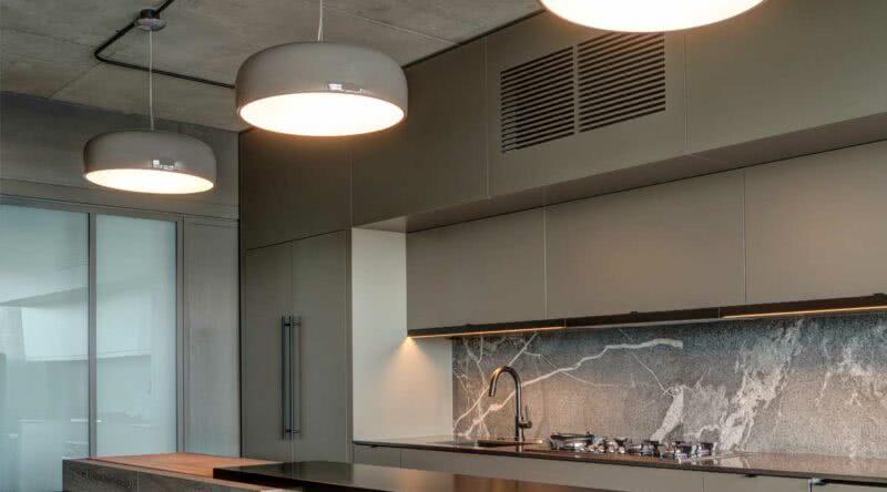 Luminária trilho: vantagens, dicas, como fazer e fotos para se inspirar
