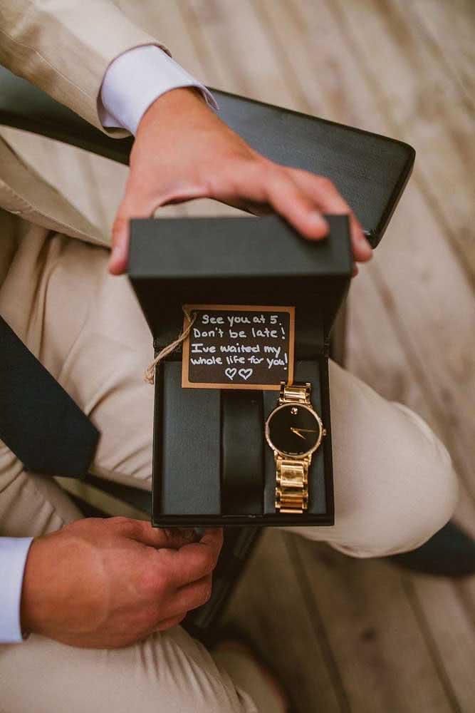 Relógio: presente para homens clássicos