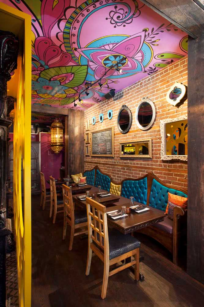 A decoração indiana funciona muito em lojas e restaurantes