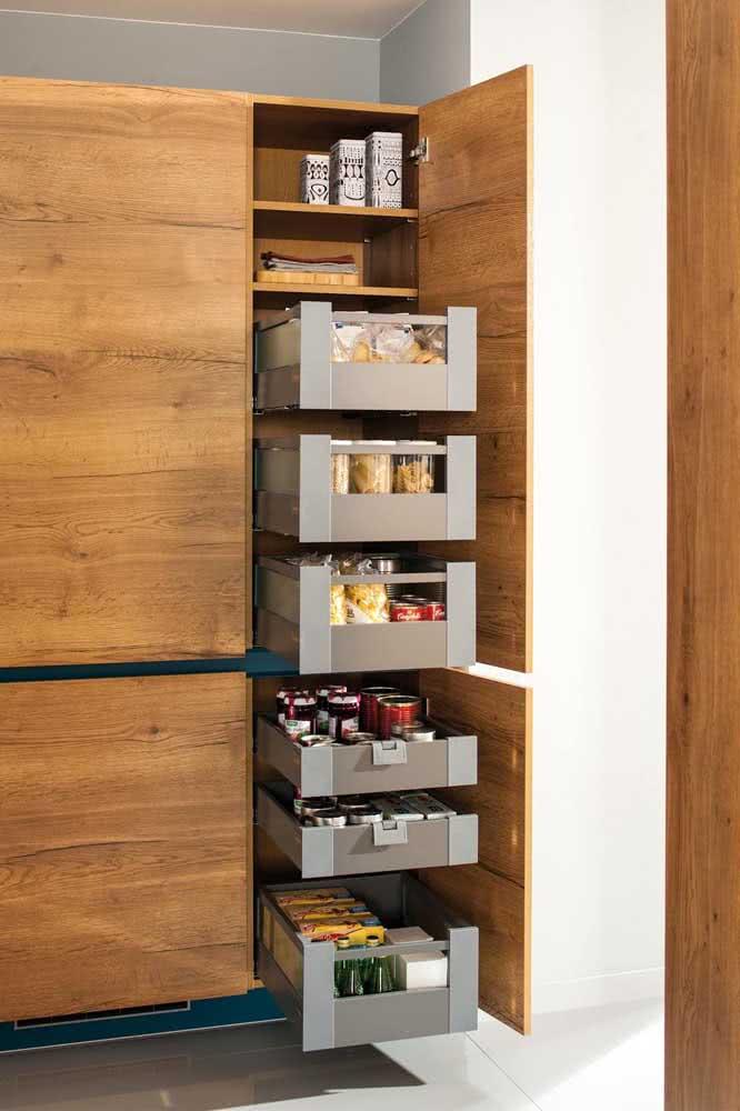 Cozinha sob medida também tem a ver com organização e praticidade