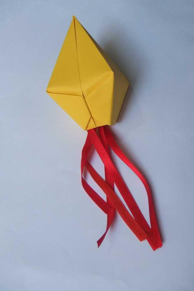 Balão de festa junina de papel super fácil de fazer