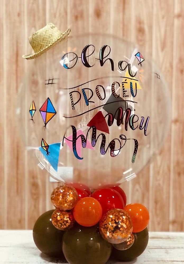 Balão personalizado para festa junina de aniversário