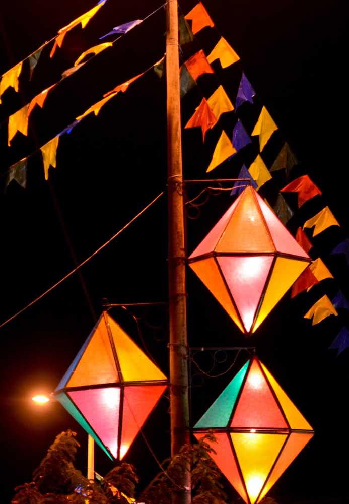 Iluminados e coloridos para uma linda festa de São João