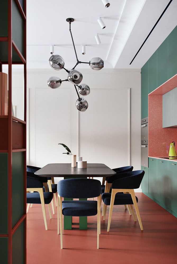 Topa uma cozinha verde e coral?