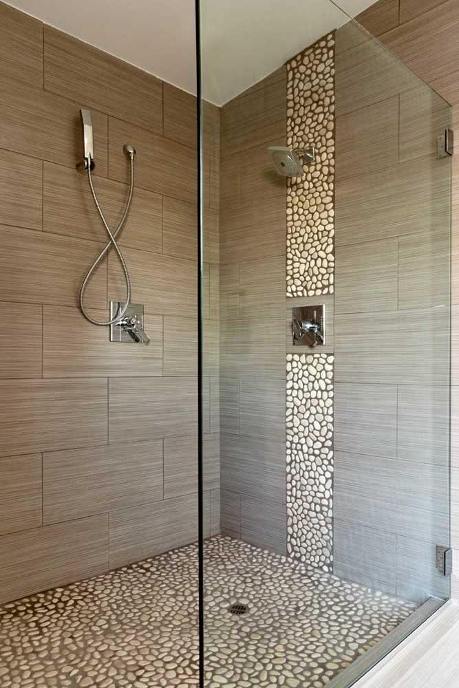 As pedras de seixo podem ser usadas apenas para formar detalhes na parede