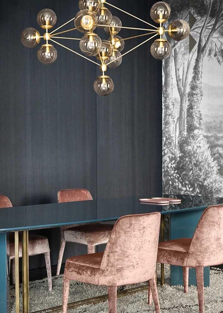 Sala de jantar grande e luxuosa