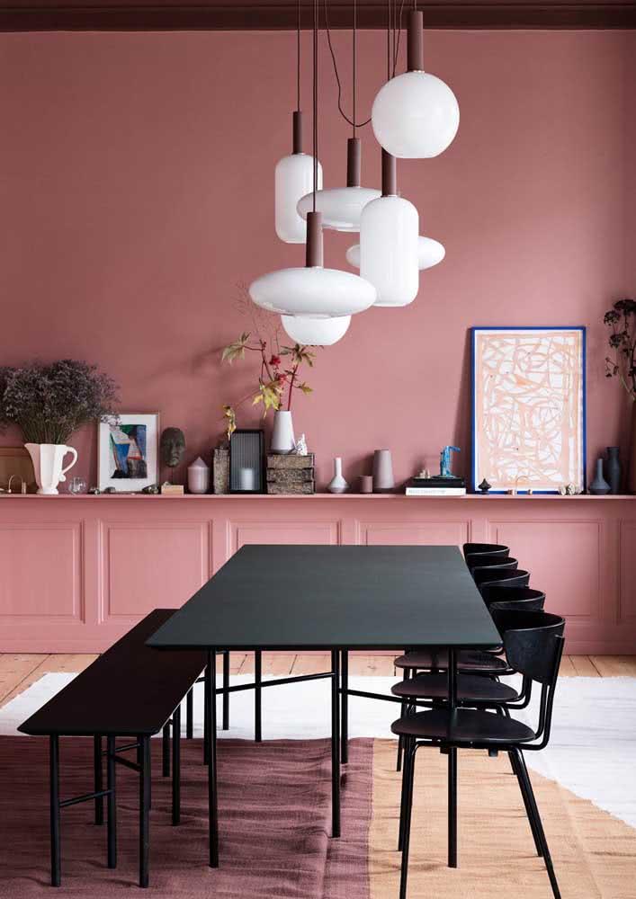 Topa uma sala de jantar cor de rosa?