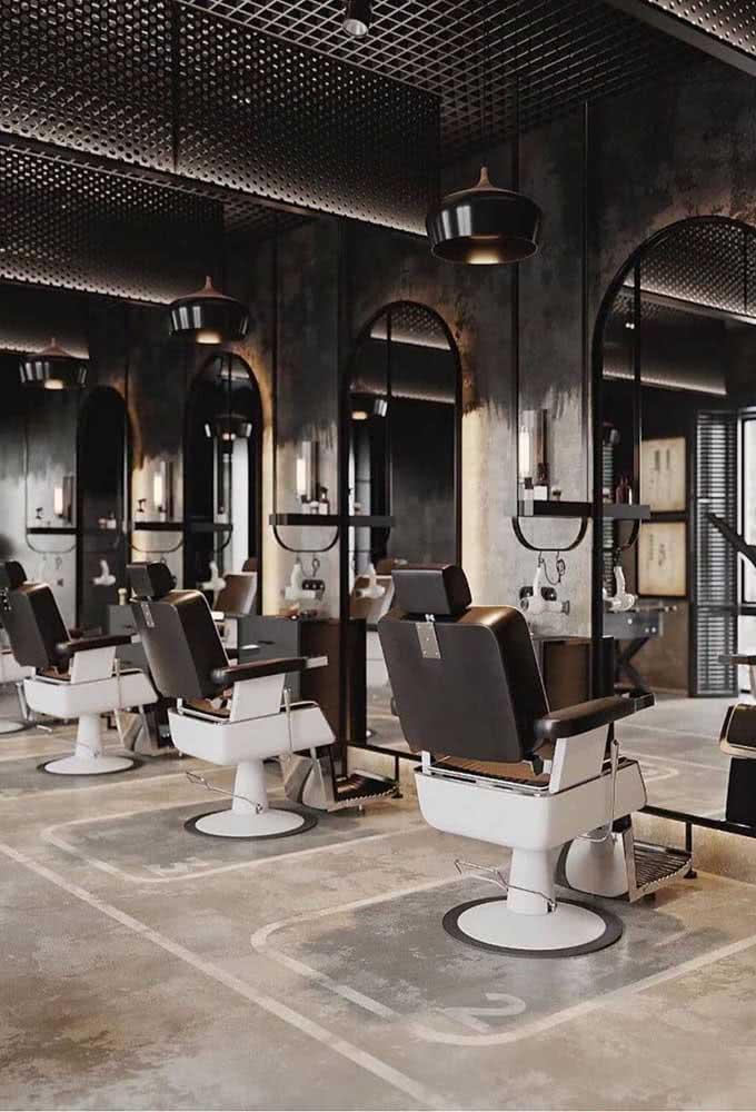 Moderna e industrial, a decoração dessa barbearia não deixa nada a desejar