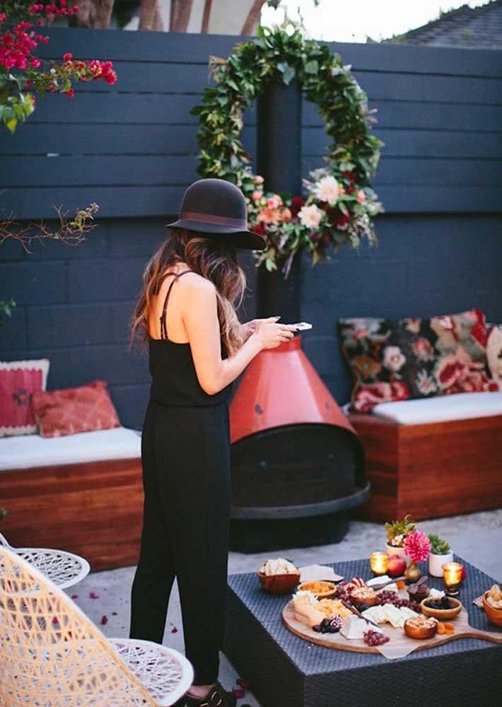 Recepcione os seus convidados com uma incrível mesa de frios.