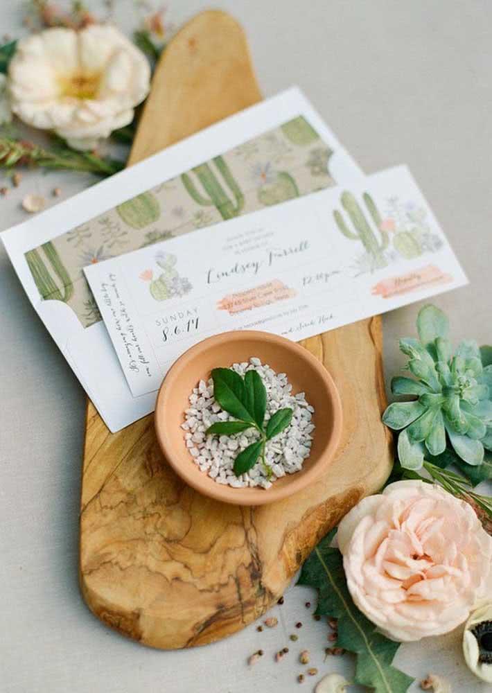 Convite de chá de bebê com tema mexicano onde os cactos e as plantinhas do deserto se sobressaem.