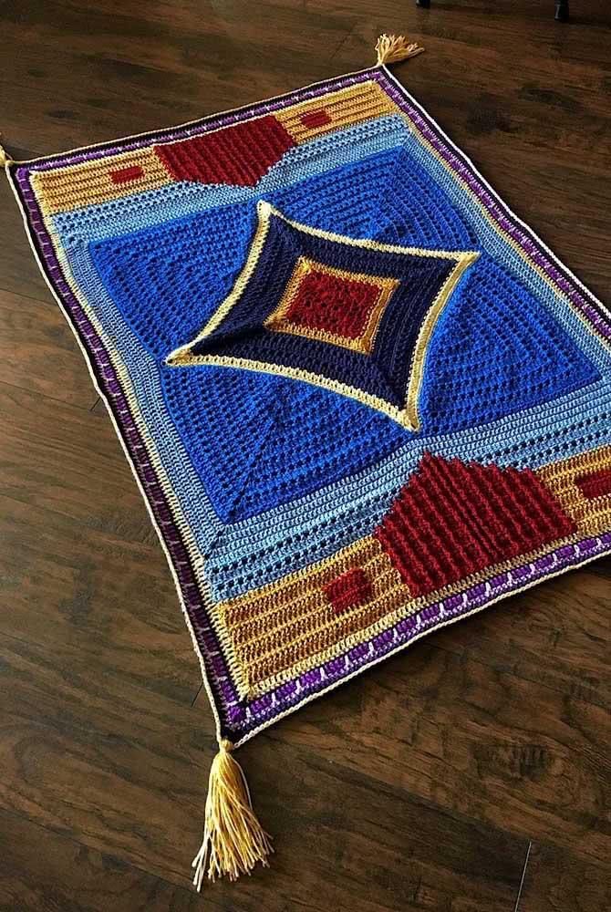 Um modelo super trabalhado que segue o mesmo estilo dos tapetes persas.