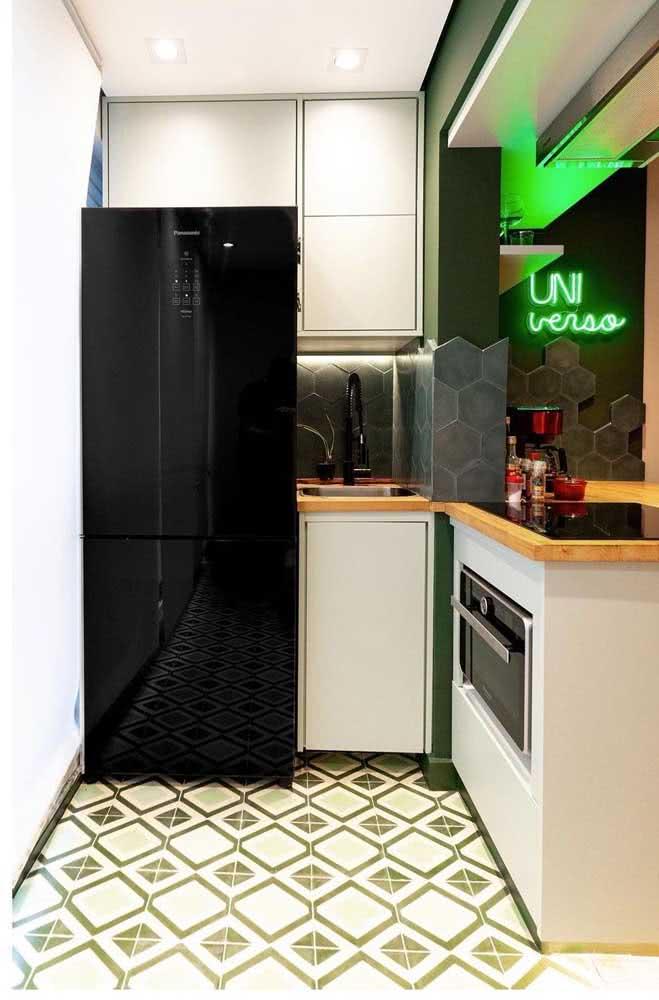 Cozinha pequena com cooktop por indução: cabe em qualquer cantinho