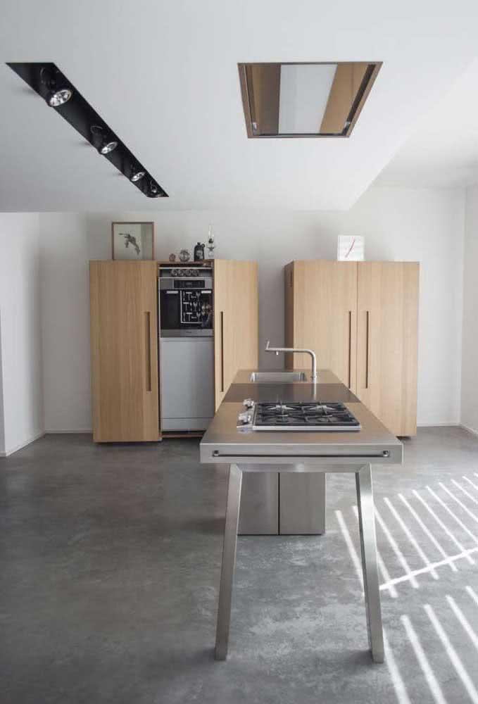 Cozinha industrial com cooktop