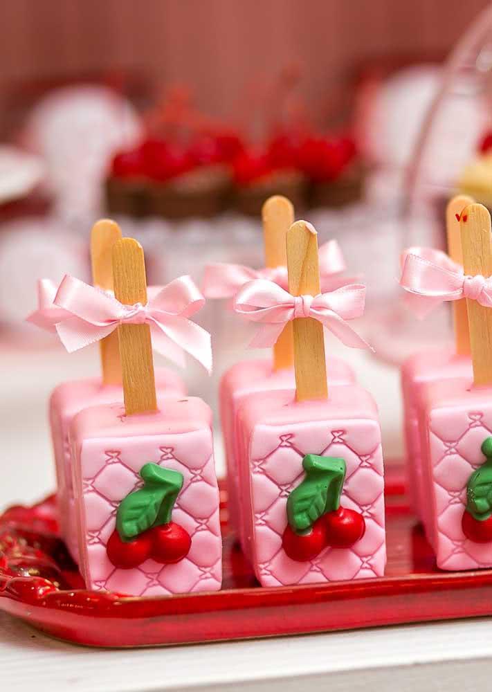 Picolé de cereja: no sabor e na forma