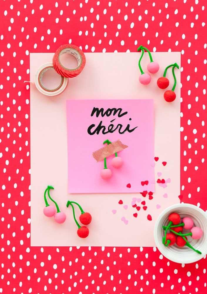 Convite para festa cereja feito à mão: delicado e personalizado