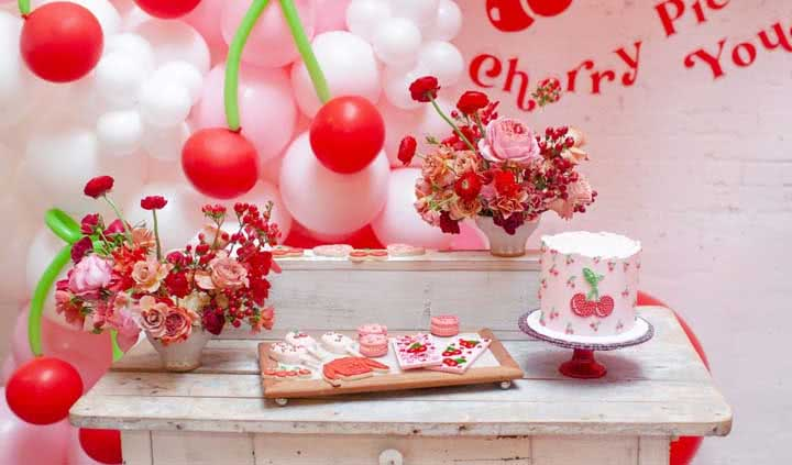 Festa cereja: cardápio, dicas e 40 ideias de decoração incríveis