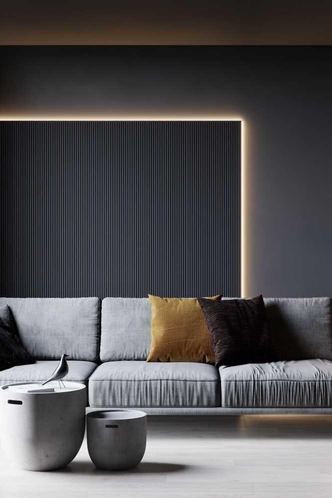 A luz de fundo garante ainda mais visibilidade para o revestimento