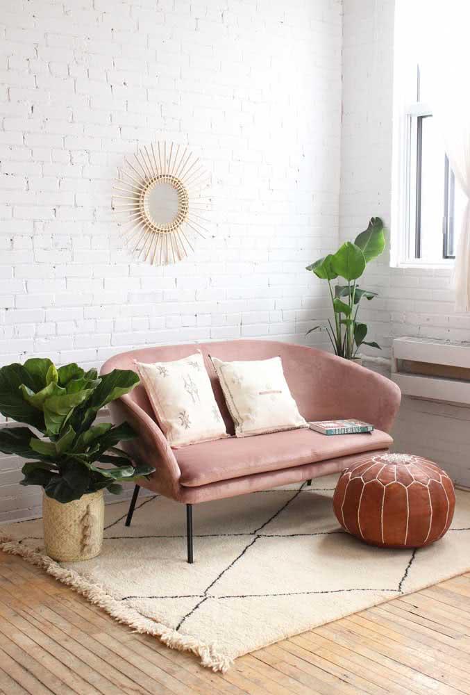 Uma sala boho com Ficus Lyrata digna das melhores inspirações do Pinterest