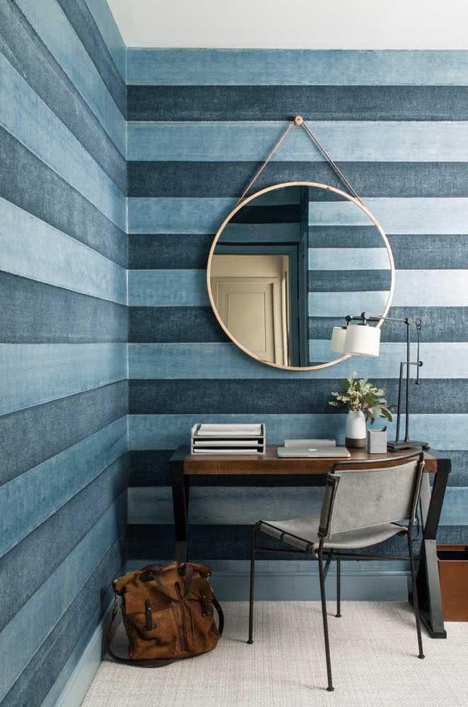 Papel de parede listrado azul para todo escritório