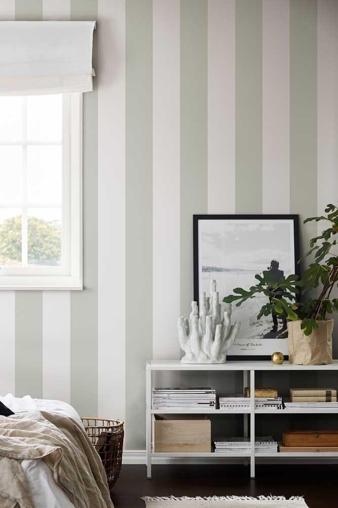 Papel de parede listrado branco e cinza: a cara de um ambiente sofisticado