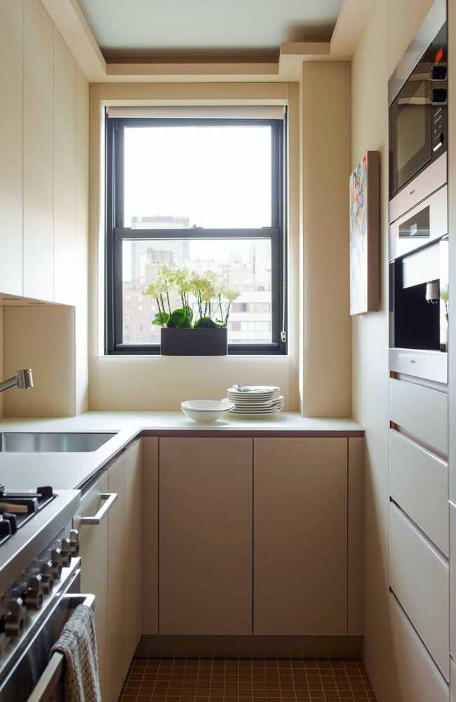 Já na cozinha pequena, a torre quente revela ainda mais o seu potencial