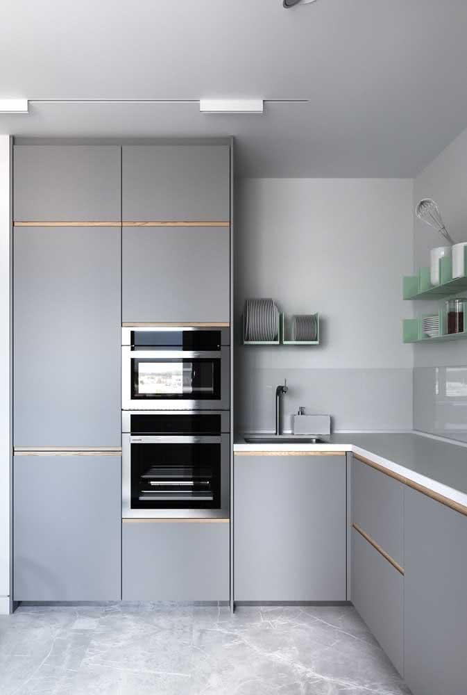 Torre quente para forno e microondas: simples e funcional