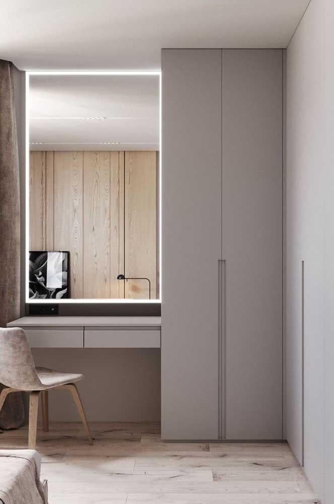 Guarda roupa de canto com escrivaninha: dois móveis em um