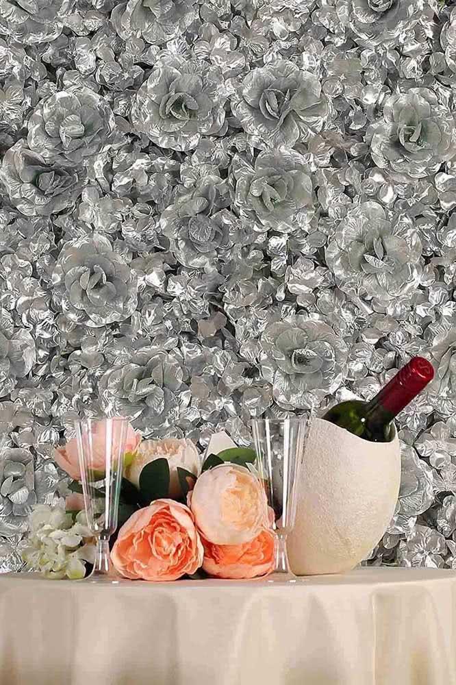 Painel de flores pratas para aquele evento sofisticado