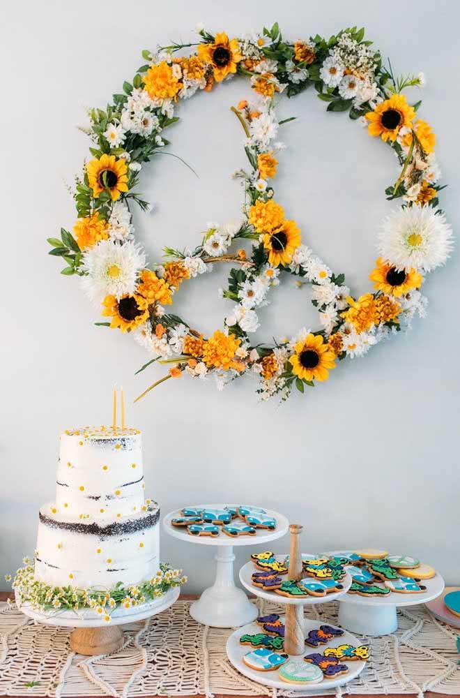 Painel de flores ao melhor estilo paz e amor