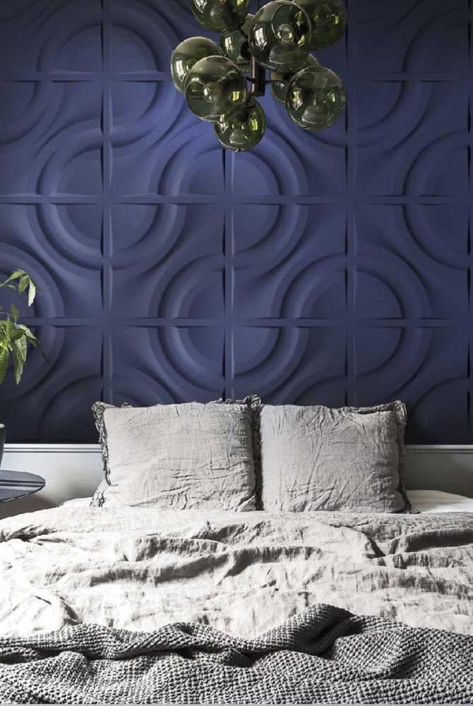 Um azul para acalmar e manter o clima sofisticado do quarto