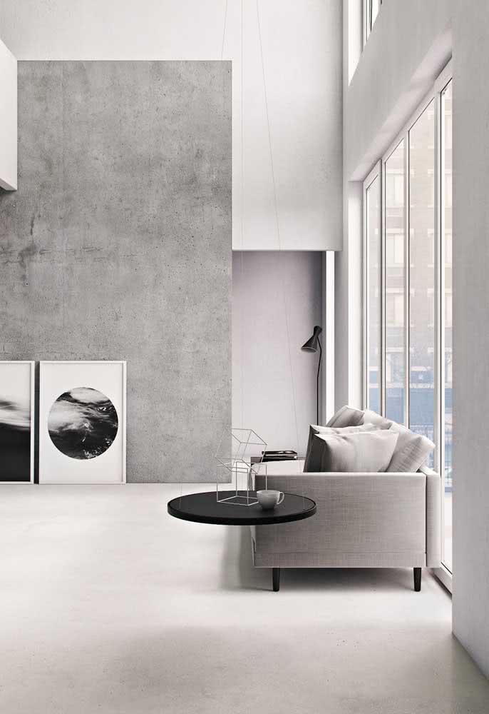 Sala minimalista com revestimentos modernos