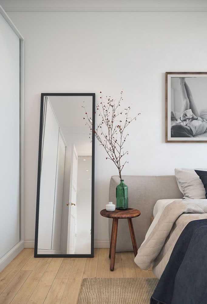 Decoração minimalista simples e despojada para o quarto de casal