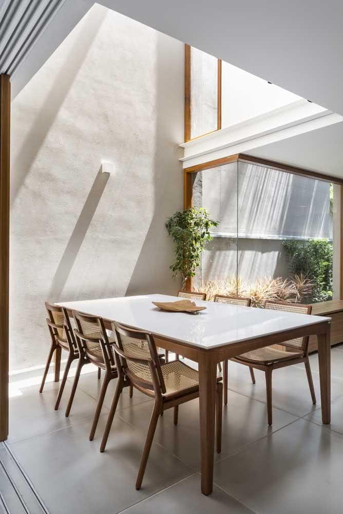 Uma casa por dentro bem iluminada é tudo o que você precisa!