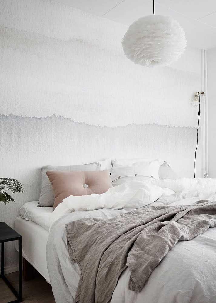 Para quem quer um efeito suave na parede do quarto de casal.