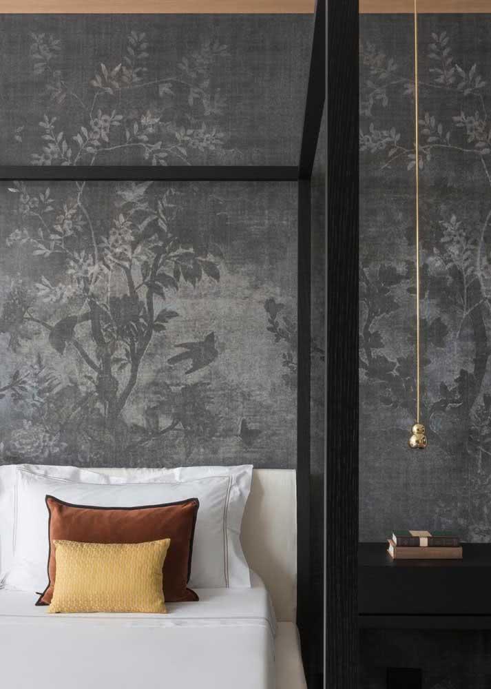 Papel de parede perfeito para um quarto de luxo e até para um ambiente com estilo oriental.