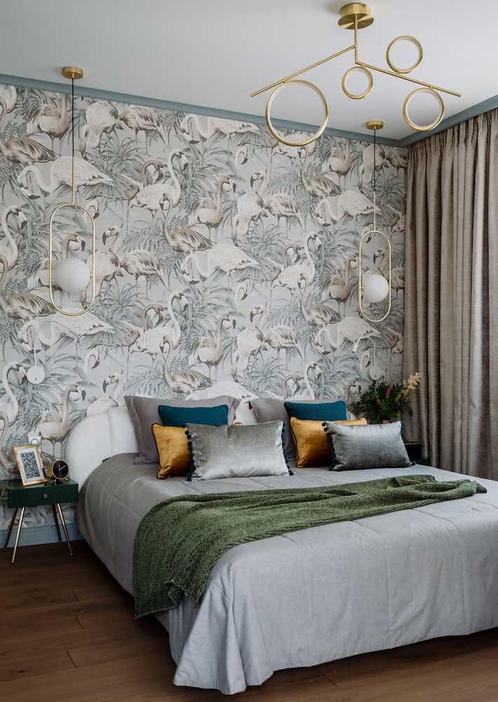 Jardim dos flamingos: uma opção elegante e charmosa para o quarto de casal sóbrio.