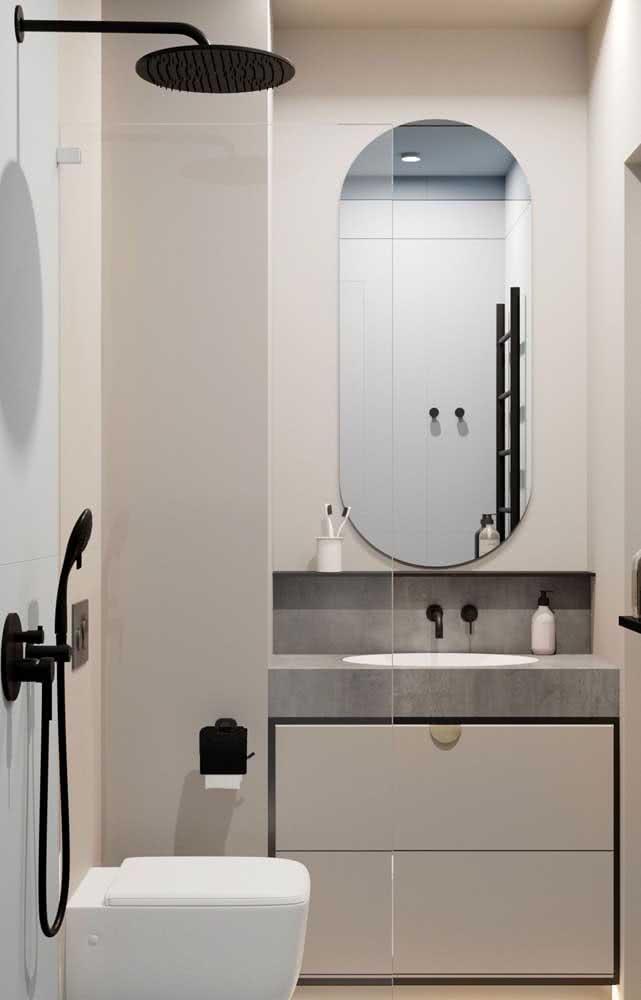 Banheiro com pintura creme e estilo moderninho.