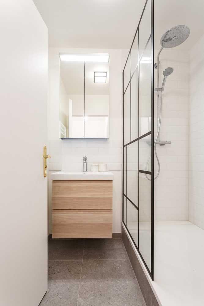 Decoração de banheiro pequeno clean e elegante.