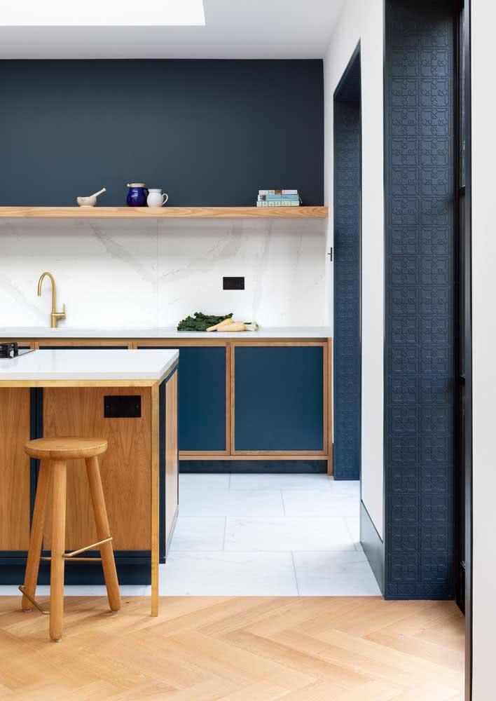 Modelo de cozinha azul e branca!