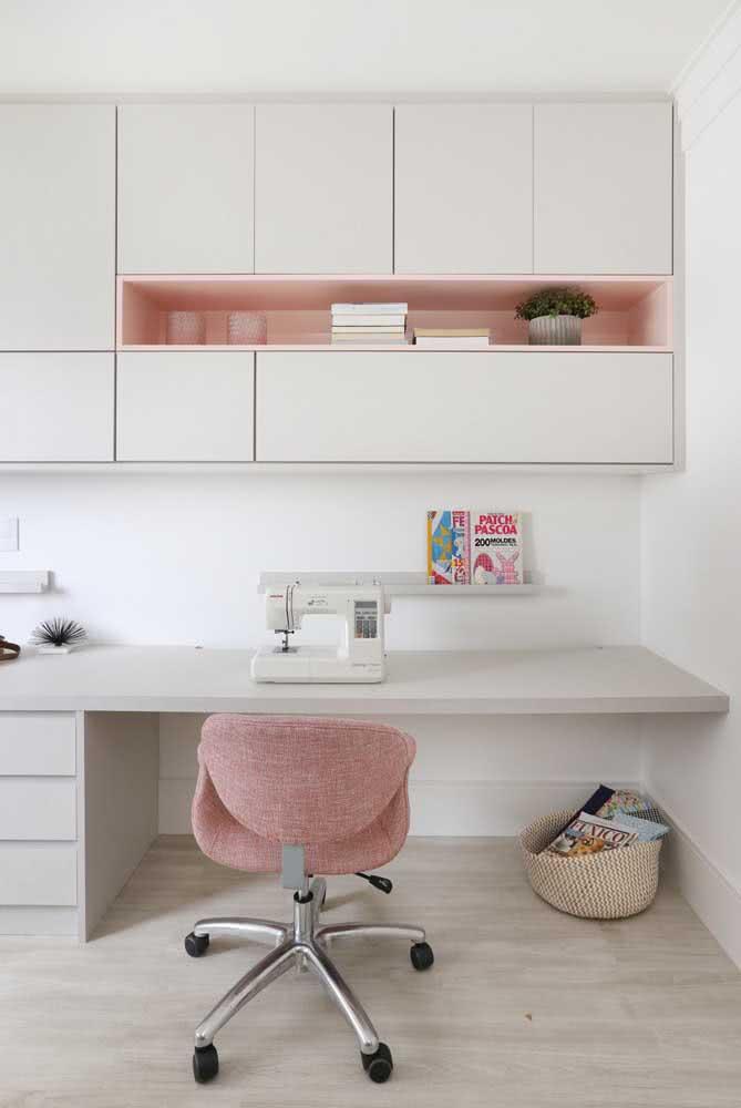 Os armários mantem tudo organizado e longe do olhar