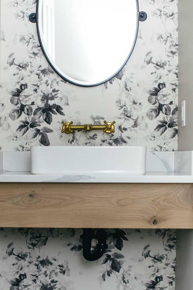 Papel de parede floral preto e branco: moderno e sofisticado