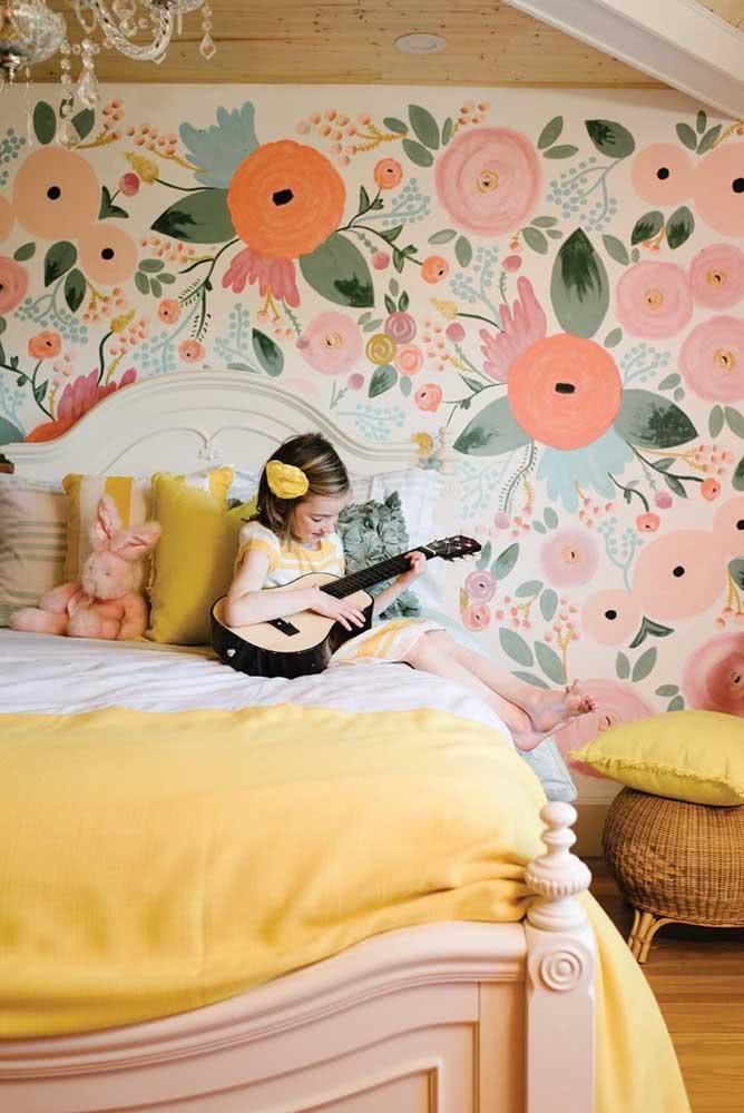 Papel de parede floral infantil e colorido como deve ser!