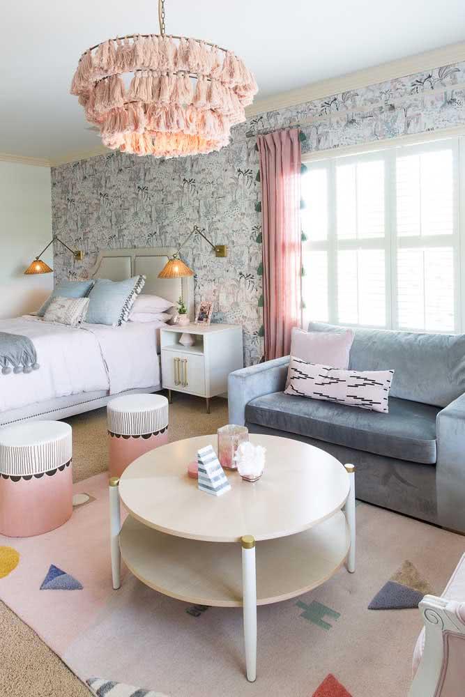Crie um novo ambiente no quarto com o sofá