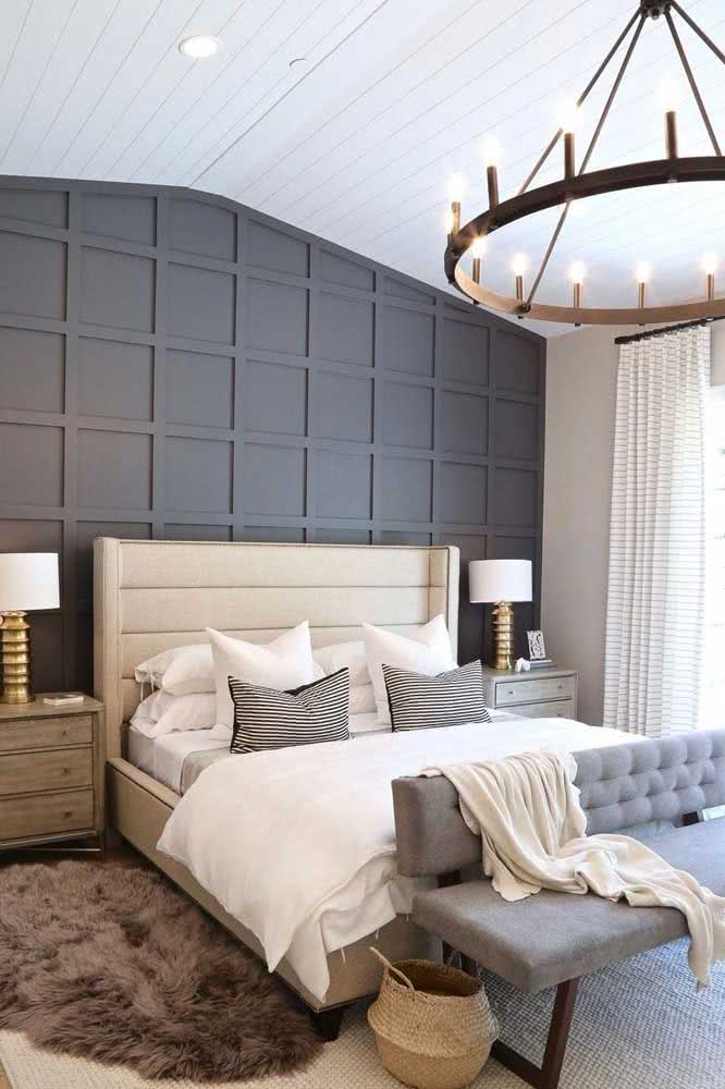 Na beira da cama: o jeito clássico de apresentar o sofá para quarto