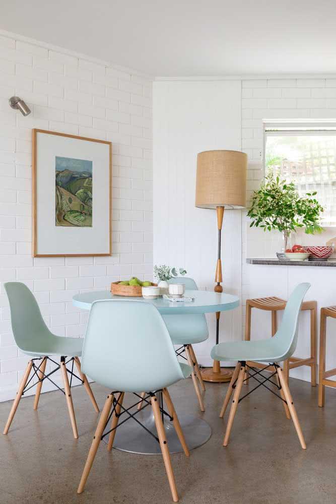 Cadeiras Eiffel verde menta. Sim, elas existem!