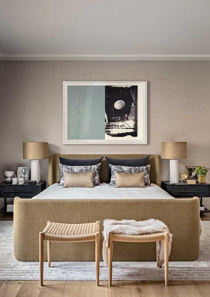 Papel de parede para quarto de casal com estampa neutra e delicada