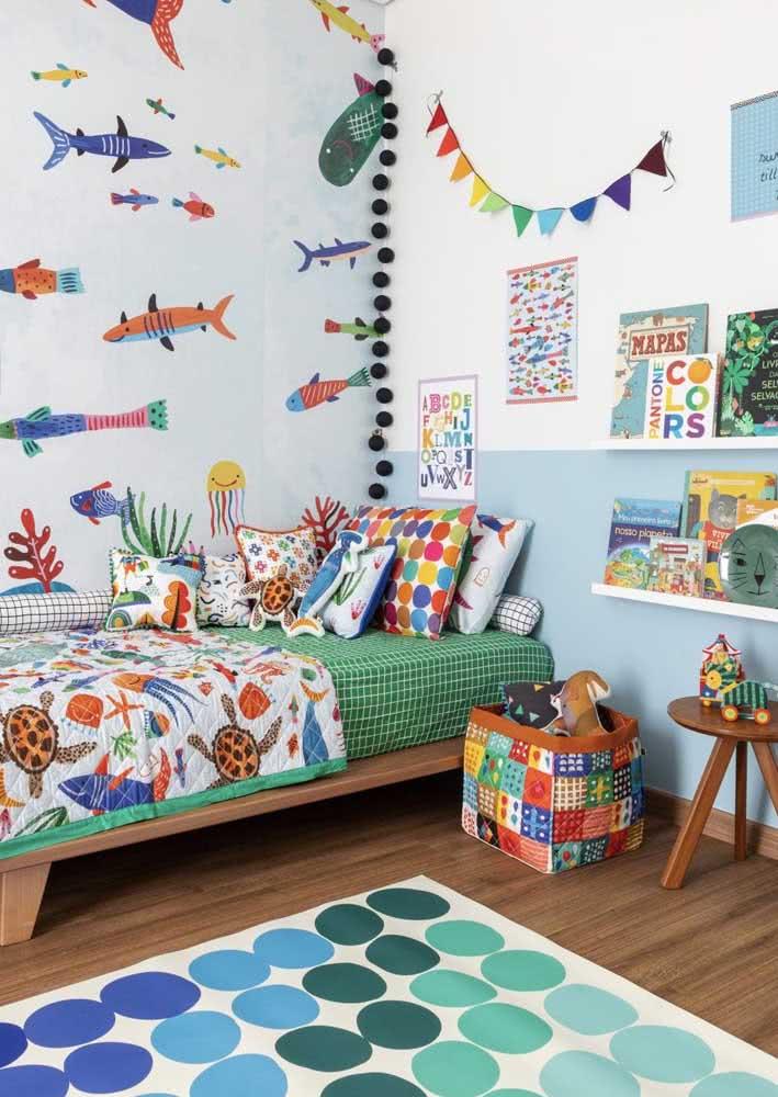 Papel de parede para quarto infantil com tema fundo do mar